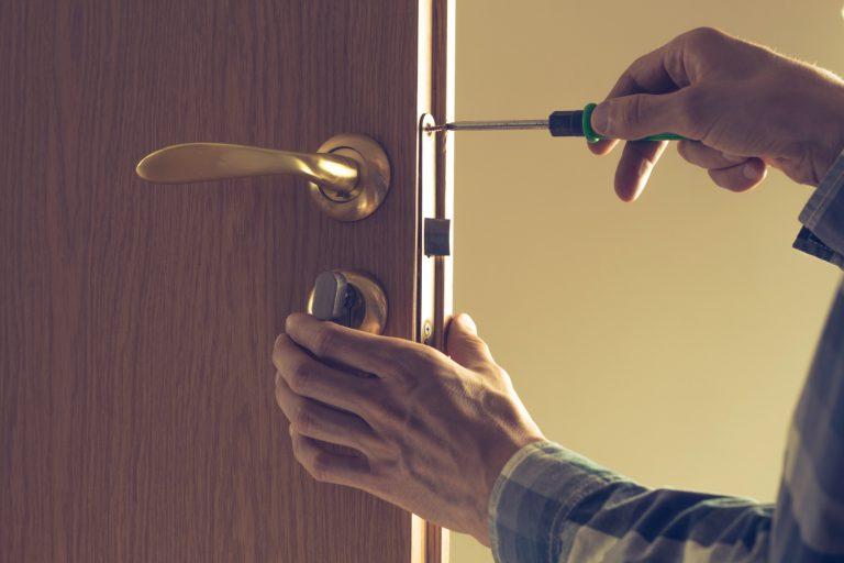 כמה עולה פורץ דלתות ברמלה