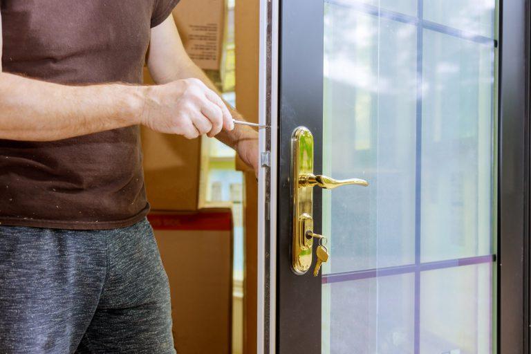 פורץ דלתות ביקנעם מחיר