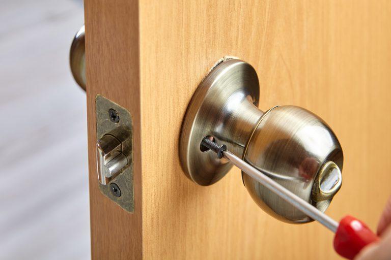 פורץ דלתות במודיעין מחיר