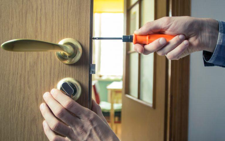 פורץ דלתות ברמלה מחיר